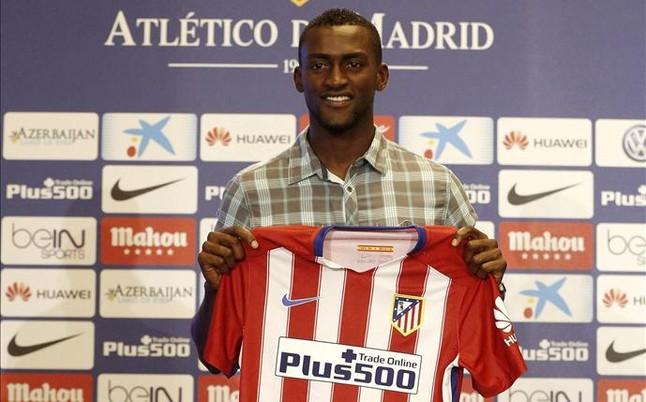 Jackson Martinez fue presentado en el Atlético Madrid