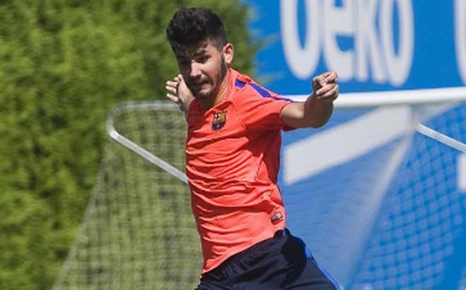 Jon Bakero ha entrenado con el Barcelona B
