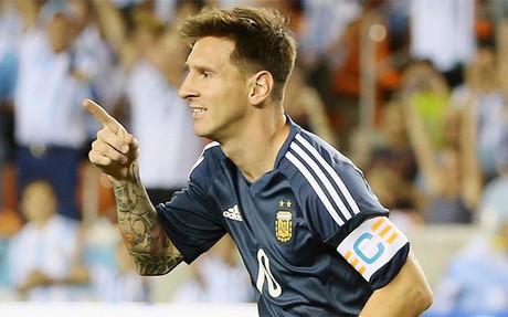 Messi anot� por partida doble ante Bolivia