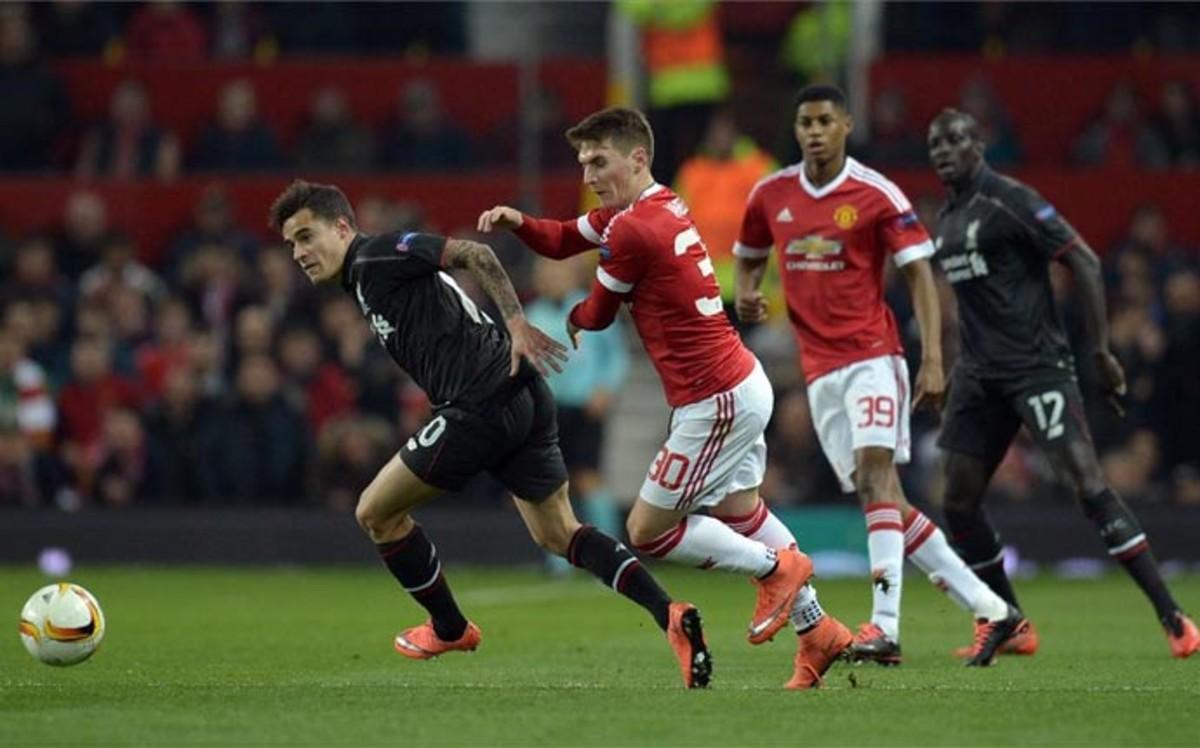 El Liverpool echa a Van Gaal de la Europa League