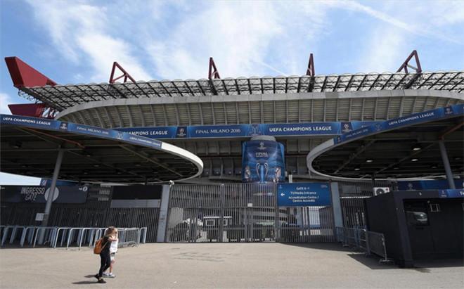 San Siro se prepara para recibir a Real Madrid y Atl�tico