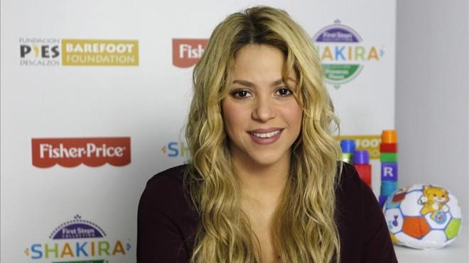 Shakira recibe el premio Cristal por su apoyo a la educación