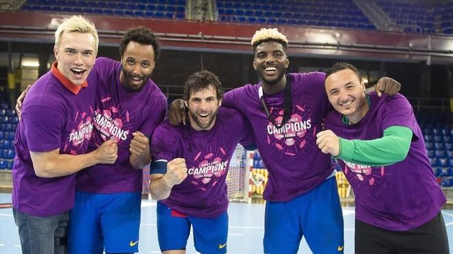 Los campeones debutantes con el Barça de balonmano