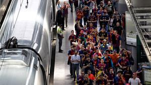 El tren es la fórmula escogida por miles de aficionados para acudir a los estadios de fútbol