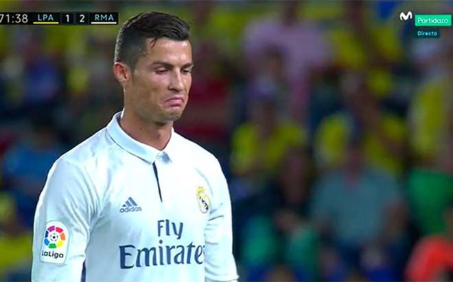 Cristiano Ronaldo se march� con cara de muy pocos amigos a pesar de ir ganando 1-2 el Real Madrid