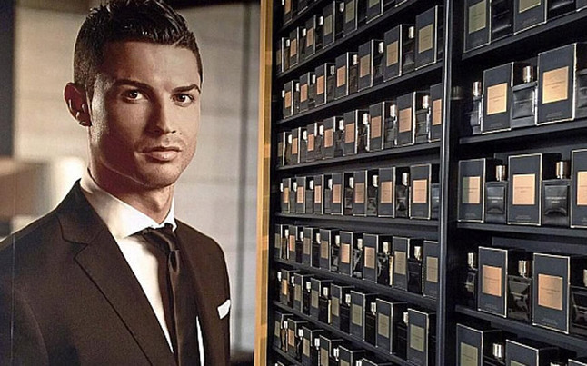 cristiano ronaldo presents his new legacy perfume liga bbva. Black Bedroom Furniture Sets. Home Design Ideas