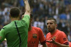 Jordi Alba no se cre�a la expulsi�n