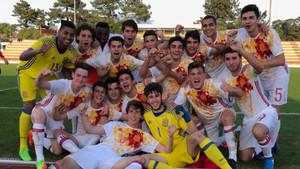El combinado español celebra la clasificación para el Europeo