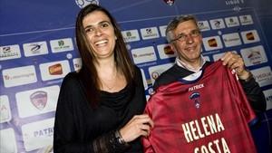 Helena Costa, en 2014, cuando fue nombrada entrenadora del Clermont, de la Ligue 2 francesa