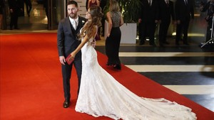 Antonela Rocuzzo y Leo Messi, tras su boda en Rosario