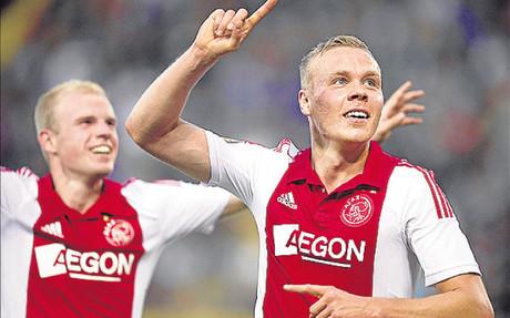 El Ajax espera vencer en Nicosia al APOEL para ser l�der