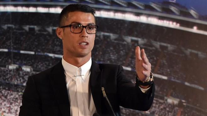 ¡Cristiano Ronaldo desvió 150 millones para eludir impuestos!