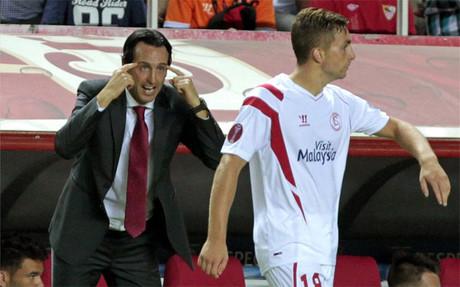 Emery espera que su equipo mantenga en Europa las prestaciones de la Liga