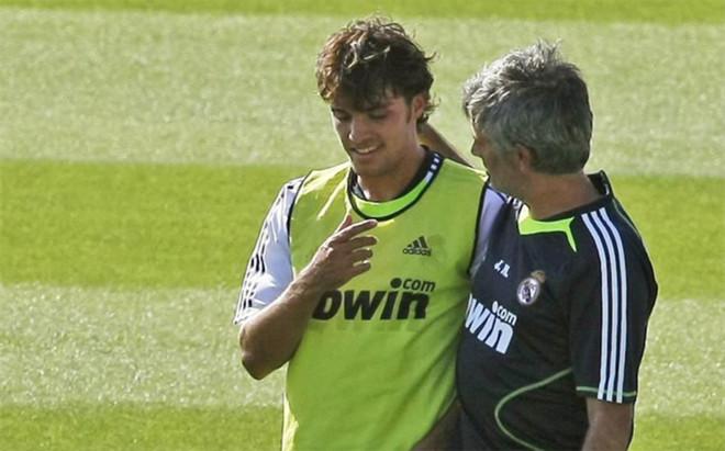 Mourinho y Pedro Le�n, una historia de odio desde el primer d�a