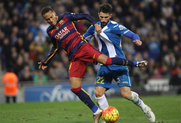 """Neymar: """"No escucho cosas fuera del campo, solo juego al f�tbol"""""""