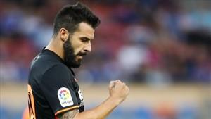 Negredo comenzó la pretemporada con el Valencia... Pero apunta a dejar el club