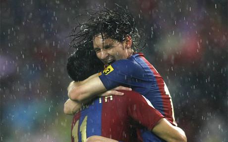 Messi y Zambrotta durante un partido con el Bar�a