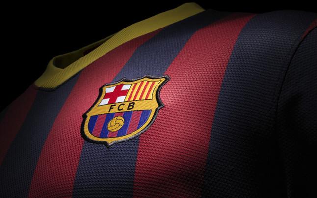 Presentaron las nuevas camisetas del Barcelona - El Intransigente