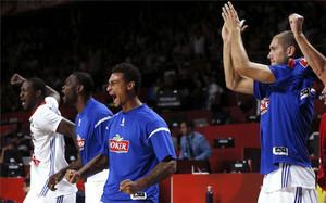 Los jugadores de Francia celebran la victoria