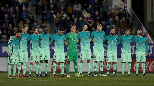 Video resumen: Luto en el Barça por la muerte del padre de Joaquín Valdés