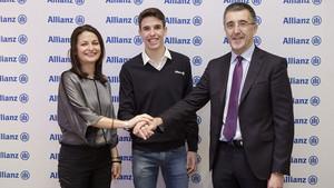 Cristina del Ama, Directora General de Allianz; Alex Márquez, piloto de Moto2; y José Luis Ferré, Consejero Delegado de Allianz