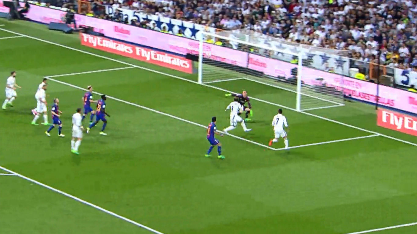 Video resumen: El gol de Casemiro en el Real Madrid - FC Barcelona (2-3)
