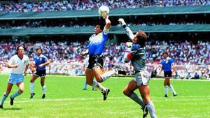 Con la tecnología este gol de Maradona no hubiera subido al marcador