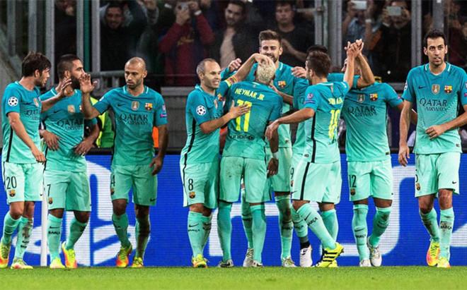 El FC Barcelona sum� en el Borussia-Park de Moenchengladbach su octava victoria consecutiva a domicilio