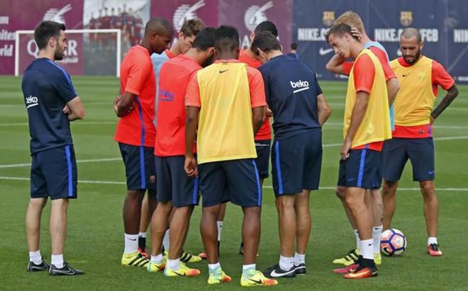 Mathieu ha regresado a la actividad en la sesi�n de este martes en la Ciutat Esportiva del FC Barcelona
