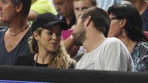 Gerard Piqué, junto a su pareja Shakira