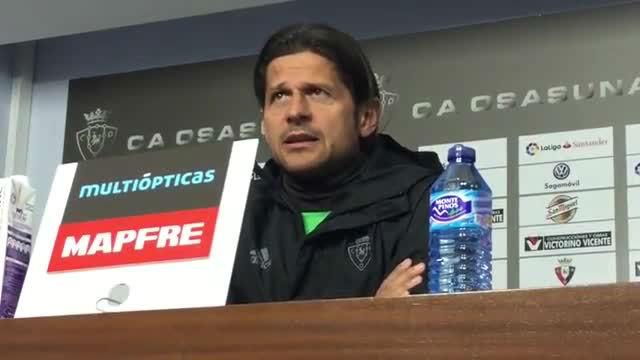 Vasiljevic habló de cómo parar al Barça y a Messi