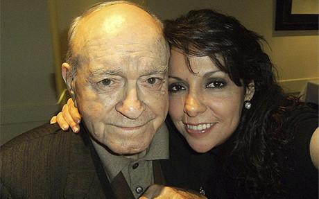 Gina Gonz�lez, junto a Di St�fano