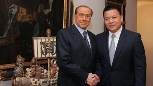 Li Yonghong compró el Milan a Berlusconi... Y podría perderlo