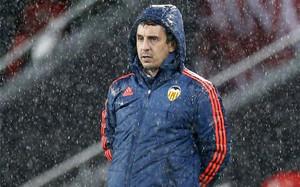 Gary Neville ha sido destituido como entrenador del Valencia.