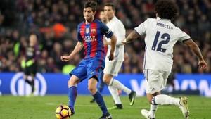 Sergi Roberto, para Luis Enrique, seguirá jugando de lateral derecho esta temporada