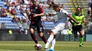 El Milan acaba la temporada con un traspié en Cagliari