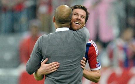 Guardiola, encantado con el fichaje de Xabi Alonso