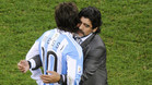 """Maradona: """"Dejemos de hincharle las pelotas a Messi"""""""