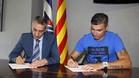 Reyes pasa la revisi�n m�dica y firma contrato con el Espanyol