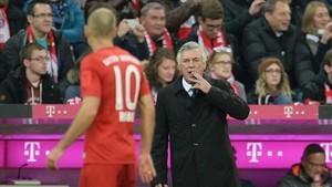 Robben reaccionó mal cuando Ancelotti le sustituyó por Renato Sanches