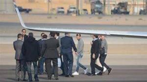 Leo, a su llegada al aeropuerto de El Cairo