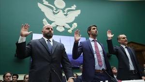 Michael Phelps,junto a Adam Nelson y Tygart