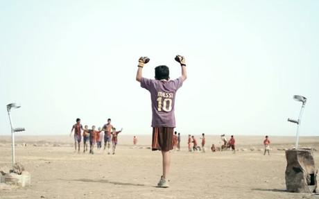 Baghdad Messi es un cortometraje dirigido por Sahim Omar Kalifa
