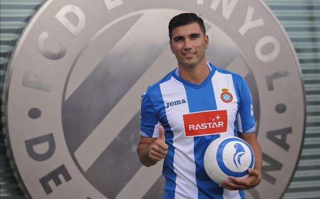 Reyes, presentado con el Espanyol