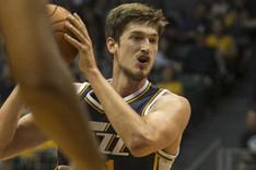 Tibor Pleiss no tiene sitio en los Utah Jazz
