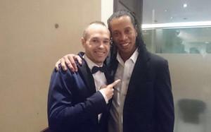 Iniesta y Ronaldinho coincidieron en el Palau de Congressos