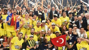 El Fenerbahçe tocó la gloria europea conquistando el máximo cetro continental a costa del Olympiacos