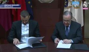 Benzema firmó el nuevo contrato con el Real Madrid