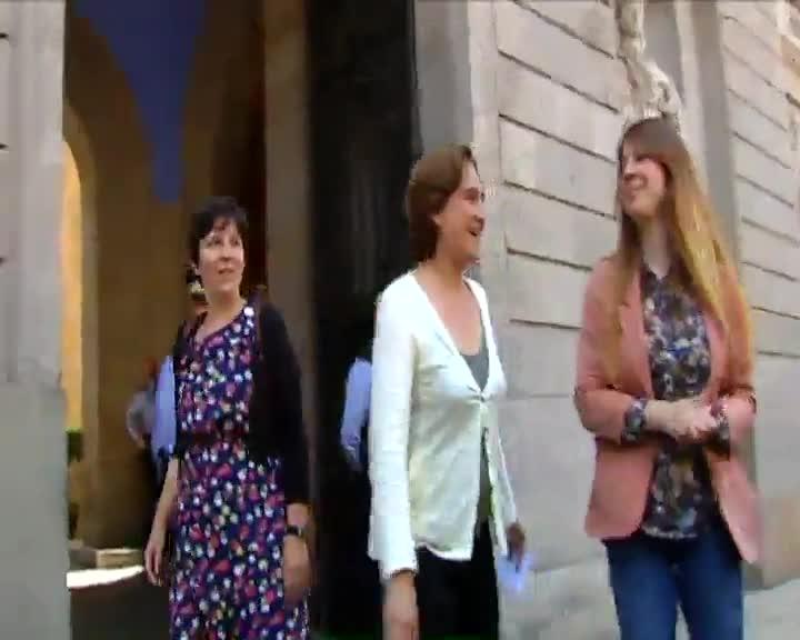 Ada colau considera que subvencionar la f rmula uno no es for Becas comedor barcelona