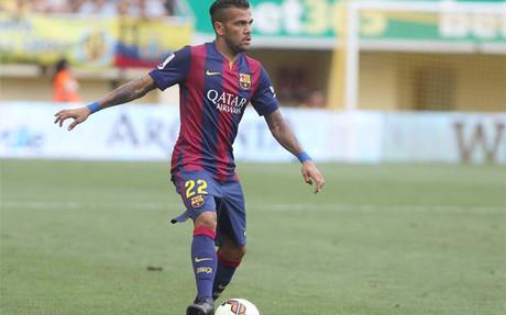 Alves reaparecer� el mi�rcoles ante el APOEL en el Camp Nou